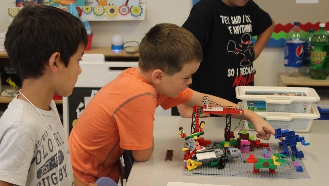 LEGO PlayMakers Camp (Grades 1 – 3)